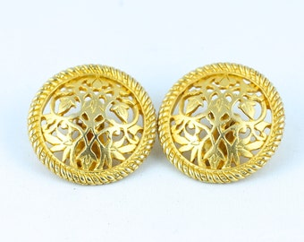 Vintage Gold Cutout Clip On Everyday Earrings