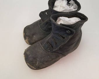 Victorian Child's Button-up Shoes Well Worn and Probably Worn by Many Siblings StarrBest Chicago Brand AS IS