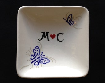 Personalized Hand Painted Ceramic Ring Dish - Mother's Day, Engagement, Wedding gift