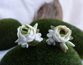 Earrings white Ranunculus