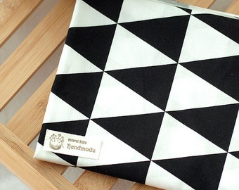 "Cotton Fabric 2.75"" (7 cm) Big Triangle Black By The Yard"