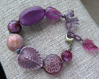 mauve chunky bracelet, Lucite bracelet, statement bracelet, featured in Fall 2016 Jewelry Stringing Magazine - bracelet gallery, fun jewelry