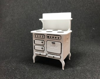 "1/2"" or 1/24 Inch Scale Miniature Vintage Stove"