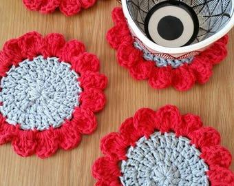 Flower Coaster Set / Poppy Coasters / Crochet Flower Coasters / Sunflower Coaster Set / Red Flower Coasters / Flower Decor / Set of 4