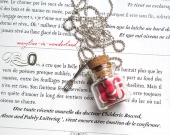 Necklace big red macaron jar
