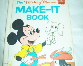 Vintage 1974 Walt Disney book club the Mickey Mouse make it book(Great Shape)