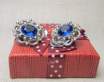 Vintage 1950/1960 years old earrings with sapphire rhinestones