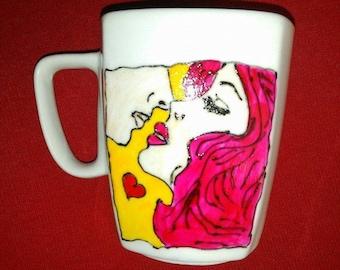 Handpainted mug. Lovely pop art couple. Love mug. Valentine's gift!