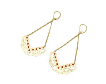 Long earrings with red polka dots enamel; lever back or clips earrings; gilded with 24 k gold