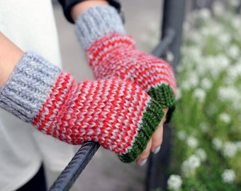 Grey red knit mittens without fingers Knit fingerless mitts Knit fingerless gloves Red and green gloves Gray mittens women Knit wristwarmers