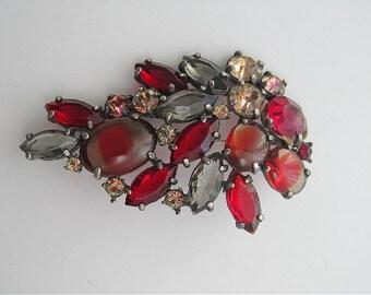 Vintage signed SCHIAPARELLI brooch 1950's red smoky rhinestones cabochons