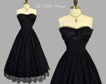 50s Strapless Black Lace Dress M Vintage Custom Made Scalloped Lace & Tulle Gown