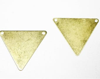 Set of 2 plain triangles, in brass gilded, 2 holes at the base, 25 * 22 mm