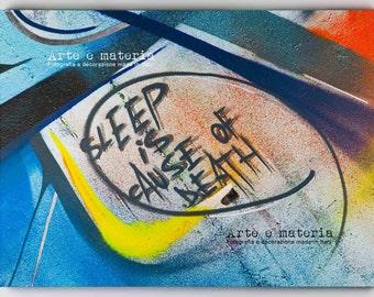 Letters#2. Fotografia fine art di graffito con applicazioni di oro e argento. Regalo per l'amico che non dorme mai. Stampa su tela, cm50x70
