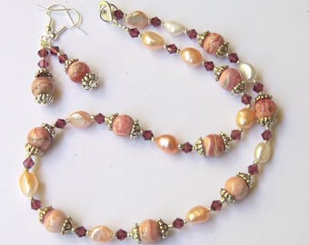 Short rhodochrosite and pearls necklace Pink and cream Natural gemstone jewelry Sweet 16 necklace Sparkly stone necklace earrings OOAK