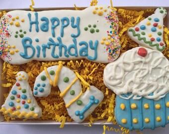Dog Treats//Homemade Birthday Peanut Butter Treats for Dogs