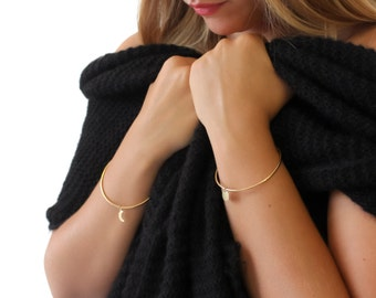"ELEMENTS II - Gold plated bangle bracelet ""Full Moon"" (ELBR02)"