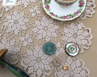 Antique Beige Crochet Doily - Handmade Floral Doily Decoration - Vintage Table Centrepiece - Vintage Wedding - Afternoon Tea - Daisies Blue