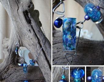 Dichroic Glass & Borosilicate Studio - Moderne Blues Necklace