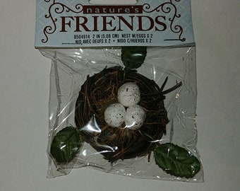 1 Natural woven Bird Nest w/3 white speckled eggs- 2 inches