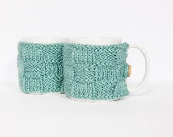 2 Knitted mug cosies, cup cosy, mug cosy, coffee cosy in teal. Coffee mug cosy / coffee sleeve as a coffee gift!