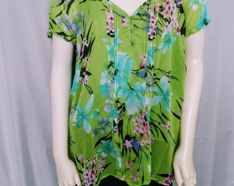 CLEARENCE Plus Size Floral Blouse/Green 1X Floral Top/ Short Sleeves Summer Blouse/Rufflet Sleeves Top/ Pleated Blouse/Spring Colors Top/297
