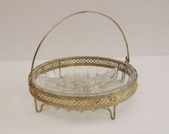 Vintage french Divided Dish in Gold Filigree, Glass Relish Dish with 3 Sections, 1950 s