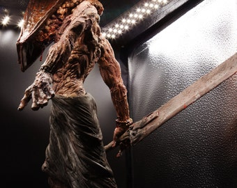 Pyramid Head / Red Pyramid thing / Silent Hill - RESIN KIT