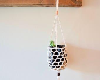 Handmade Planter with Vintage Pot || Crochet Hanging Planter with Handmade Pot