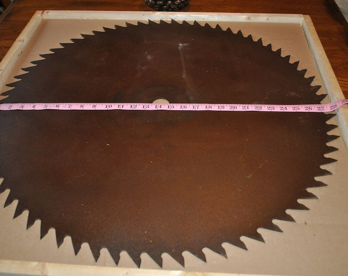 "Just received a new Antique Saw Blade that can be painted 28"" saw blade very nice"