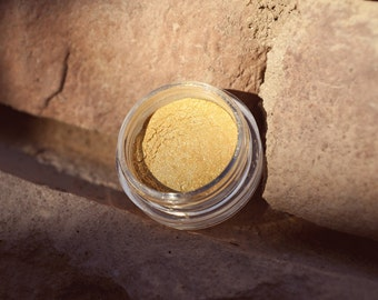 Triforce 3g Pigmented Mineral Eye Shadow Jar with Sifter