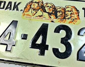 Small mini license plate cereal box South Dakota SD Mount Rushmore car bike 1954