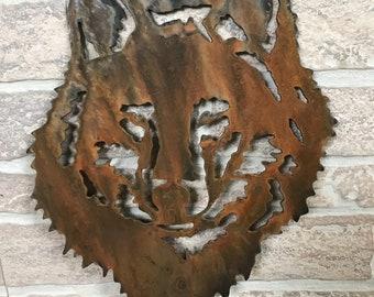 Metal Wolf Garden Stake - Garden decore - gatden art - yard stake