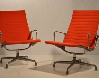 Eames Herman Miller Aluminum Group Lounge Chairs Pair