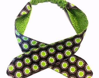 Reversible Headband, Two Styles In One, Childrens Headband, Womans Headband, Baby Headband, Knot Headband, Green Headband, Handmade Headband