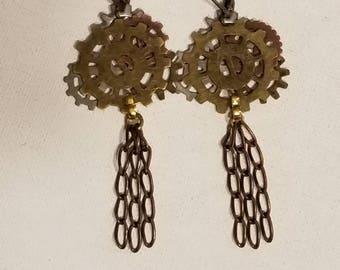 Steampunk Tassel Earrings, Mixed Metal Colors, Gears, Steampunk Style, Chain Tassel, Dangle Gear Earrings, Lever back Earrings