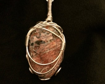 Wite Wrapped Pink Stone
