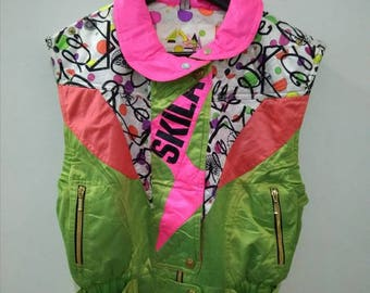 SKILA sweater colourful size M pit 19 LENGHT 23 very good condition