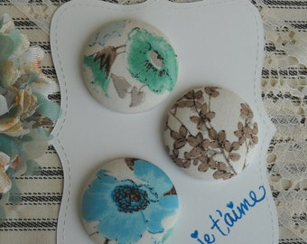 je t'aime- fabric covered button collection- size 60