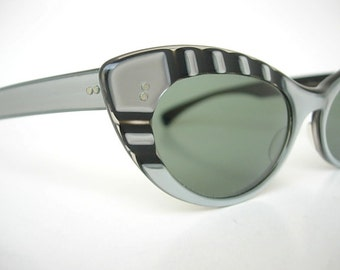 73d651423e Vintage Bausch and Lomb Ray Ban ...