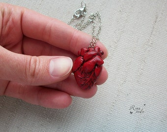 Anatomical Heart Necklace, Gift for Doctor, Nurse, Realistic Anatomical Human Heart Pendant, Anatomical Art, Halloween Jewelry, Polymer Clay