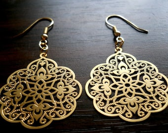 40% OFF SALE! - Matte Finished Scalloped Filigree Earrings