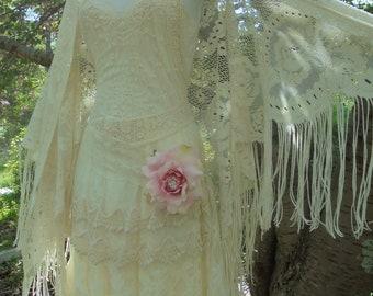 Ivory lace shawl  wrap fringe tassels boho vintage wedding rustic shabby 20s   bohemian   by vintage opulence on Etsy