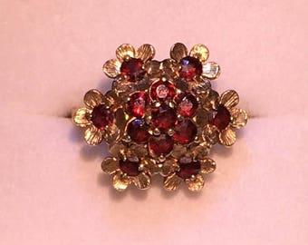 Garnet Floral Cluster Ring, 9 ct Gold Statement,  - U.S. Size 6.75, UK N, 9K Flower Design, Multi stone, Cocktail Ring, Giftboxed
