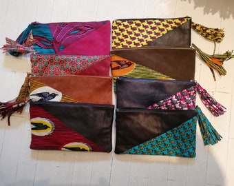 Pouch / clutch in soft leather and wax / trendy / tassel