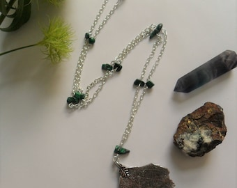 Earth Element Witches Ladder Necklace - Tibetan Silver Leaf Pendant with Malachite Gemstone Chips - Pagan Jewelry - Five Elements -Elemental