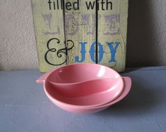 Boonton Melamine Divided Bowl Pink