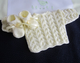 """Jacket and booties baby """"pastel yellow color"""" in size newborn - hand made knit"""