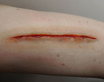 SFX Prosthetic Latex SMALL Knife/Slit/Cut/Puncture Jagged Wound. Costume/Theater/Halloween/Cosplay Make-Up