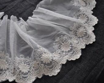 "Lace Trim Lace Fabric Beige Sunflower Embroidery Flowe Wedding Fabric 4.72"" width 2 yard"